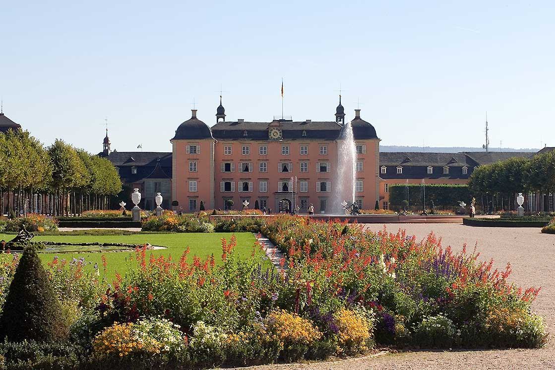 Schloss und Schlossgarten Schwetzingen; Foto: Staatliche Schlösser und Gärten Baden-Württemberg, Arnim Weischer