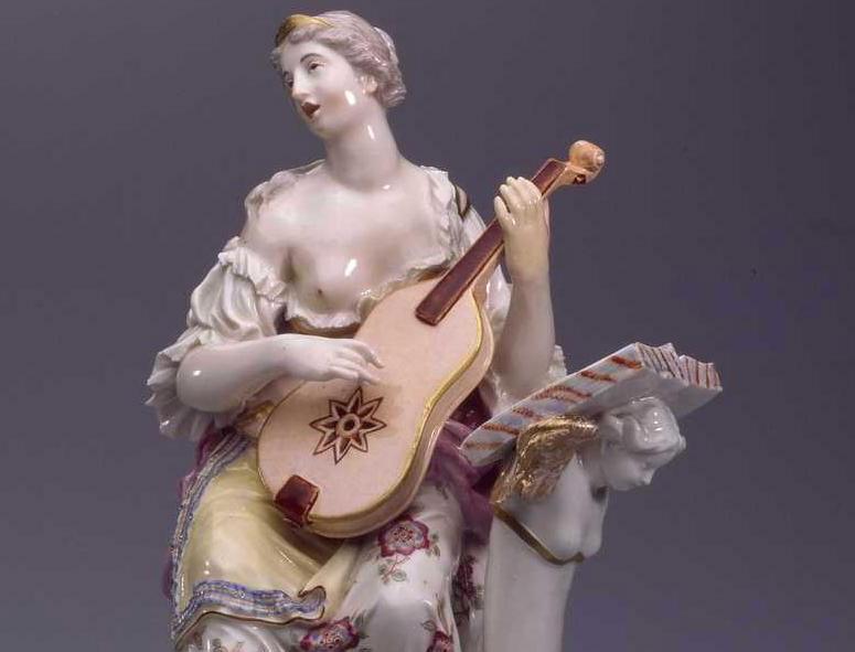 Porzellanfigur Musikerin, Manufaktur Ludwigsburg, Schloss Ludwigsburg; Foto Landesmuseum Württemberg