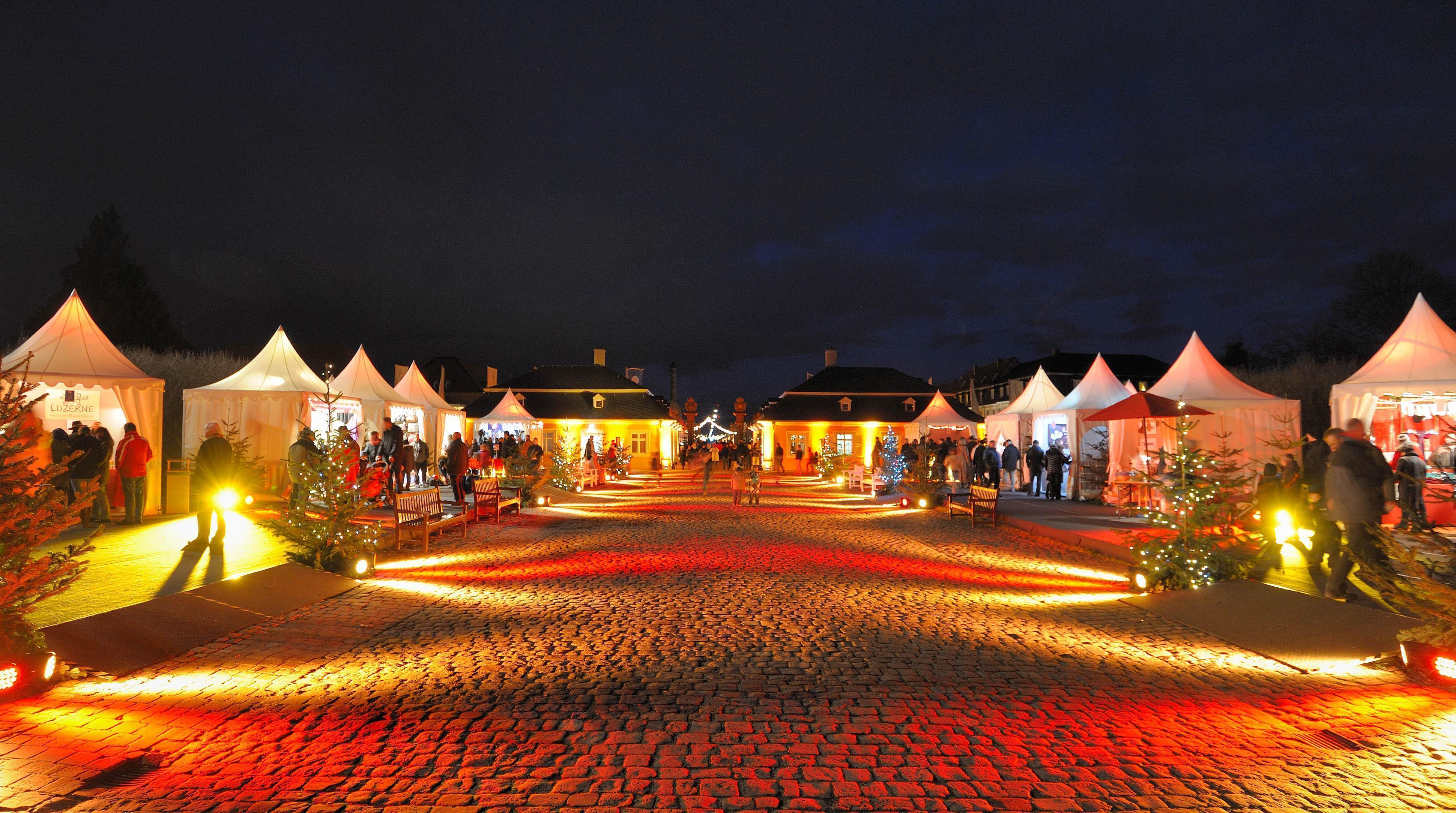 Schloss und Schlossgarten Schwetzingen, Weihnachtsmarkt; Foto: Schwetzinger Zeitung, Tobias Schwerdt