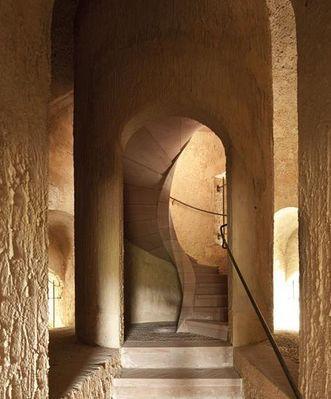 Treppe zum Belvedere des Merkurtempels im Schwetzinger Schlossgarten