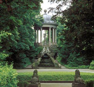 Apollotempel im Schlossgarten von Schloss Schwetzingen; Foto: Staatliche Schlösser und Gärten Baden-Württemberg, Arnim Weischer