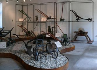 Ausstellung der historischen Arbeitsgeräte in Schloss Schwetzingen; Foto: Staatsanzeiger für Baden-Württemberg, Petra Pechacek