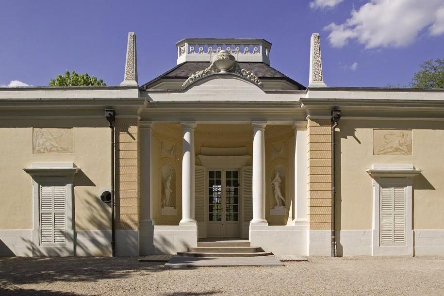 Badhaus im Schlossgarten von Schloss Schwetzingen